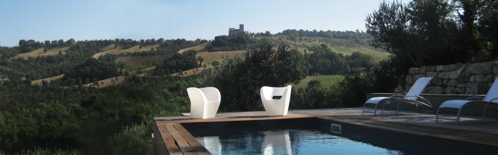La piscina di Torre Almonte. Immagine di proprietà della residenza.